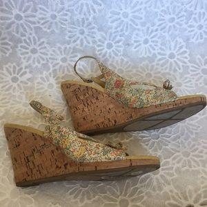 Bandolino Shoes - Size 7.5m Bandolino Wedges